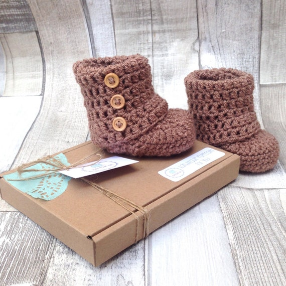 Unisex booties, Brown boots, Bay girl shoes, Baby boy shoes, Infant booties, Gender neutral, Newborn, 0-3, 3-6, Handmade  baby booties