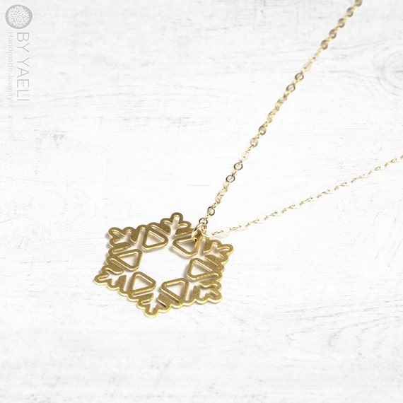 necklace snowflake necklace gold snowflake pendant