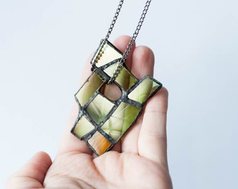 GREEN STATEMENT NECKLACE, Long geometric necklace, Stained glass jewelry, Modern necklace, Abstract jewellery, Gift for her,Glass jewellery