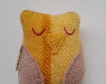 Owl rattle, owl baby rattle, handmade baby rattle, pure wool, baby gift