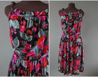 Vintage 70s Red Floral Sleeveless Summer Dress - Seventies Midi Dress