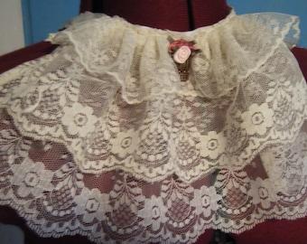 Custom Made Cravat for lolitas, dandies, and oujis.