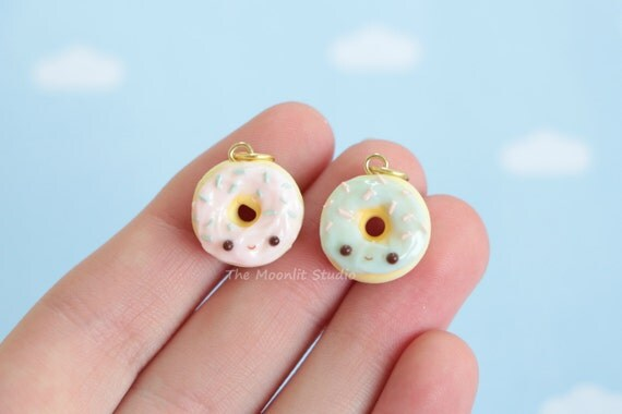 Kawaii Frosted Donut Charm, Polymer clay Food Miniature, Handmade