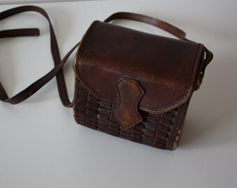 VINTAGE 60s HANDBAG REAL Leather Small Box Style Bag Timeless Street Style ooak Slow Fashion Solid Leather Bag Crossbody Boho Hippie Style