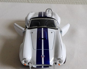 SHELBY COBRA 1965, metal toy car model. Lovely collectible item!