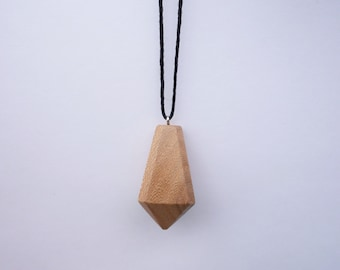 TERRILL TACTILE Elm Crystal Necklace