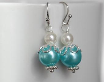 Mint Green Pearl Earrings  Mint Green Pearl Earrings Dangle Earring Beaded Earrings  Wedding Earrings  Mint Green Earrings Christmas gift