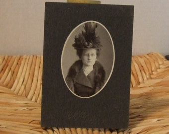 Antique Photograph, Vintage Pretty Young Lady Photograph, 1900's Black & White Photograph,  Edwardian Young Girl, Beautiful Victorian Girl