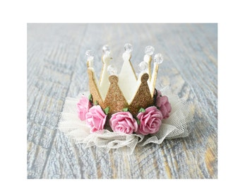 Floral gold glitter crown