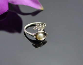 Pearl Ring - Pearl Silver Ring - Adjustable Ring - Stackable Ring - Silver Pearl Ring - Expandable Ring - Stacking Ring - White Pearl Rings