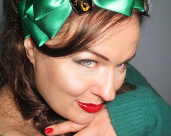 Scorpio Hair Bow in Green