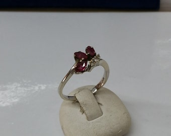 Ring white gold 585 with rubies and diamonds GR194