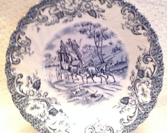 Vintage (c.1960s) Johnson Brothers Coaching Scenes Hunting Country blue-and-white transferware ironstone fruit nappie, berry, dessert bowl.