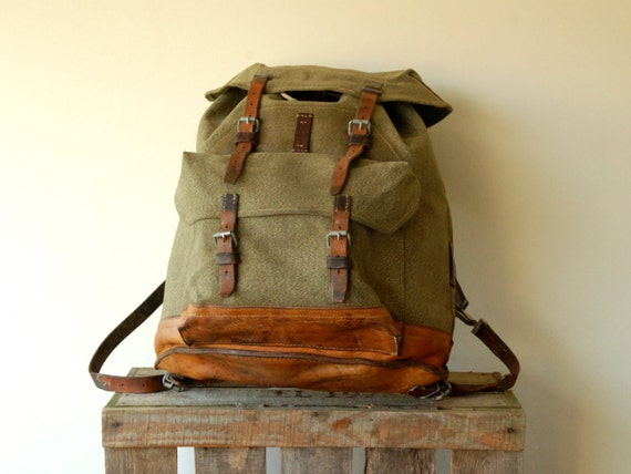 Plus Free Army Knife Swiss Army Backpack Rucksack Salt And
