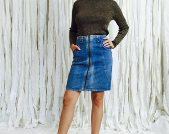 vintage denim zipper skirt - vintage 90's denim pencil skirt - minimalist pale denim skirt - 26 high waist mini - small