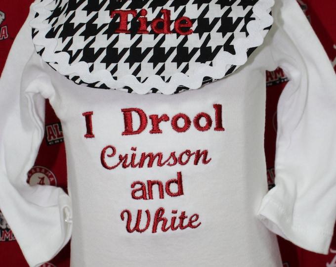 Alabama baby boy bodysuit with detachable bib, Roll Tide bib, Roll Tide boy onesie,Bama boy bodysuit,Alabama baby boy gift,I Drool Crimson