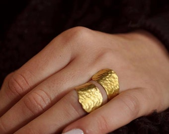 Wrap around ring Wrapped ring Gold simple ring Gold spiral ring Hammered gold ring Adjustable gold ring Handmade gold ring Brass ring