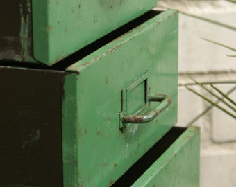 Vintage industrial tall green metal drawers circa 1950 (5 drawers)