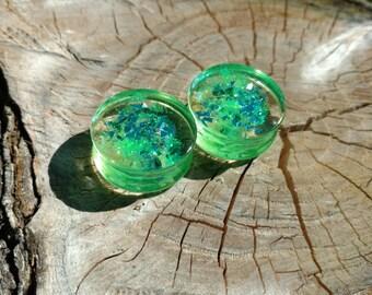 1 Pair of Resin Plugs - Green
