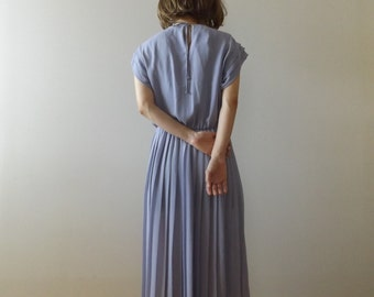lavender chiffon dress / pleated dress / accordion pleats / minimal