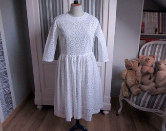 Lovely dress embroidery vintage English years 60-11767