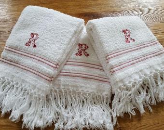3 Strip red fringe Monogram R ref 12128 towels