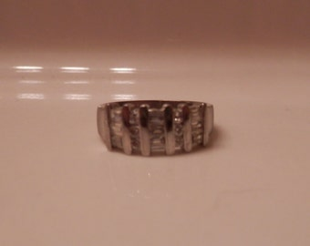 Modern Geometric Silver Tone Rhinestone Ring with 9 Baguettes and 6 Circular Rhinestones Gorgeous!