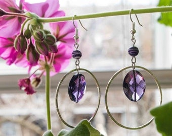 Earrings violet beads