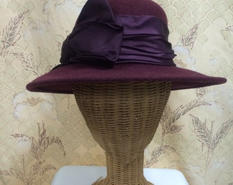 1980s Burgandy Hat, Lord and taylor