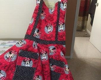 Sweatheart neckline apron, retro apron, vintage apron, Minnie Mouse apron,