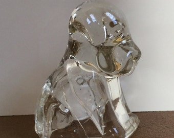 Adorable Puppy Paperweight,  clear glass and vintage