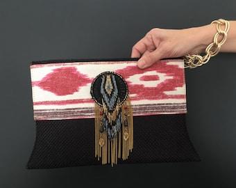 ethnic bag/ ethnic handbag/tribal bag/ tribal handbag/ wristlet bag/ wristlet handbag/chic bag/ chic handbag/ chain wristlet handbag