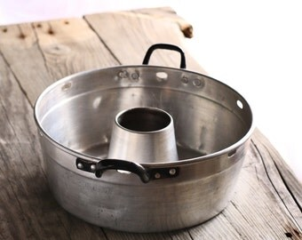 Vintage aluminium pudding tin,pudding pan,jello mold