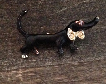 wiener dog brooch, dachshund pin, winner, animal jewelry, vintage brooch, black dog, unique gift, old, special gift, gift for him, small