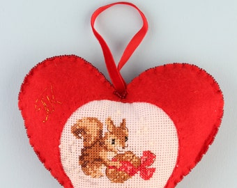 Valentine's day red felt heart squirrels cross-stitched beads decorated, set of 2