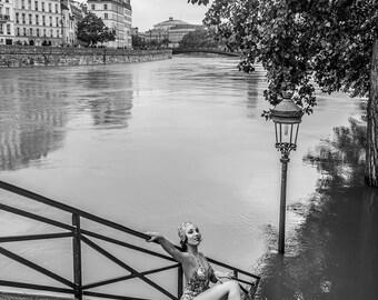 Coco, Pont Marie June 2016 - 30x45cm - Fine Art