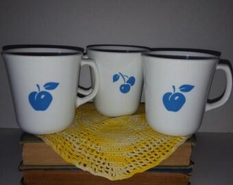Corning Cherry Apple Mugs Vintage Set of 3