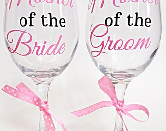 Mother of the Bride/Groom Glass Set (2), Mother of the Bride Wine Glass, Mother of the Groom Wine Glass, Wedding Glass Set