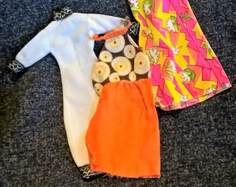 Lot of Vintage 1970's Mego doll sized clothes for Cher, Farrah, Jamie Sommers