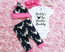 Baby Girls Coming Home Outfit, Deer Leggings, Infant Bodysuit, Hat and Headband, Daddy's New Huntin' Buddy, Country Outfit