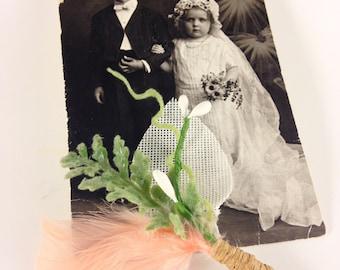 peach boutineer, feather boutineer, burlap Boutonnière, green fern boutineer, groomsmen boutineer, rustic boutineer, vintage wedding, green