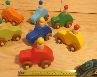 Car wood toy, different colors: red, green, blue, yellow, Orange, wood recycle