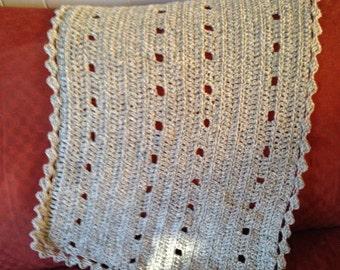 Crochet Baby Blanket / Gender Neutral / Gender Neutral Baby Gift / Baby Shower Gift / Nursery Bedding / Crib Stroller Car Seat / Gray