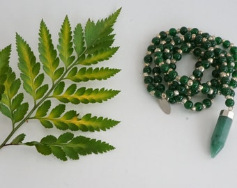 Gemstone Necklace - Aventurine and dark green beads