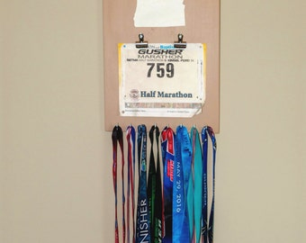 "Handmade Running Medal & Bib Display ""I Run 'Oregon'"""