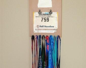 "Handmade Running Medal & Bib Display ""I Run 'Oregon'"""