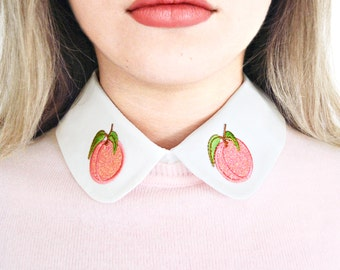 Peach Detachable Embroidered Peter Pan Fake Collar Glitter
