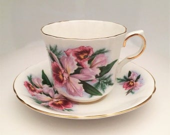 Tropical Themed Royal Windsor Bone China Tea Cup and Saucer with Orchid Decoration, Pattern 2862B