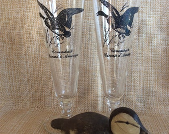 Vintage Federal glass beer Pilsner pair flute stem tumblers water fowl decal