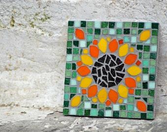 Mosaic sunflower tile